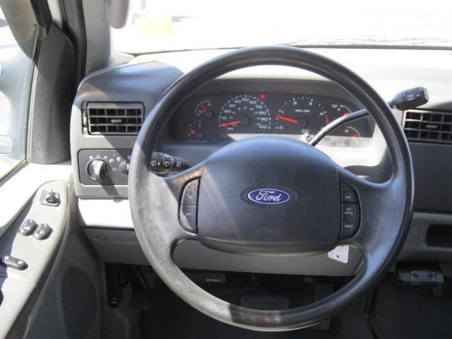 Image 2 of 2004 Ford F250 XLT 8-Cylinder…