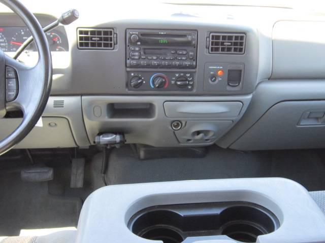 Image 3 of 2004 Ford F250 XLT 8-Cylinder…