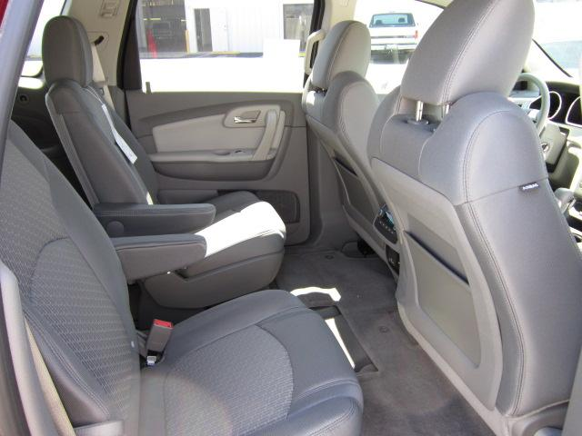Image 3 of 2011 Chevrolet Traverse…