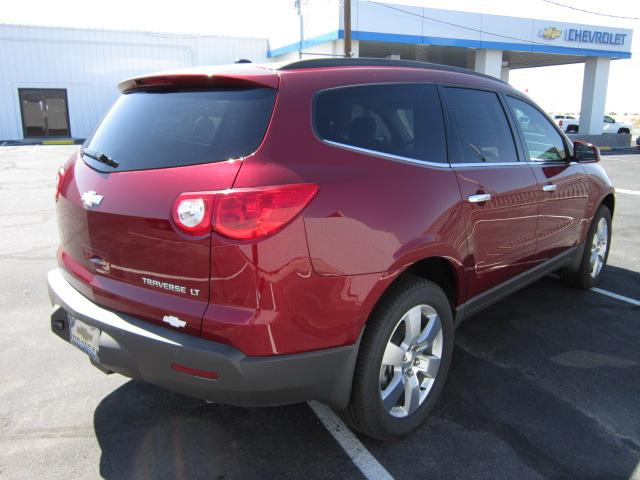 Image 13 of 2011 Chevrolet Traverse…