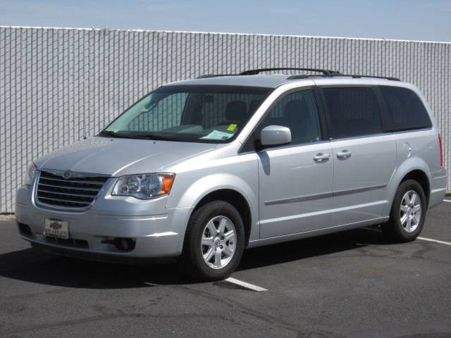 Image 1 of 2010 Chrysler Town and…