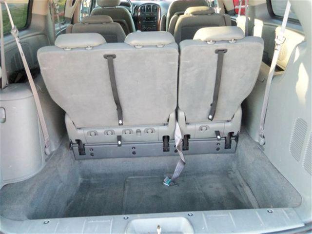 Image 7 of 2007 Chrysler Town &…
