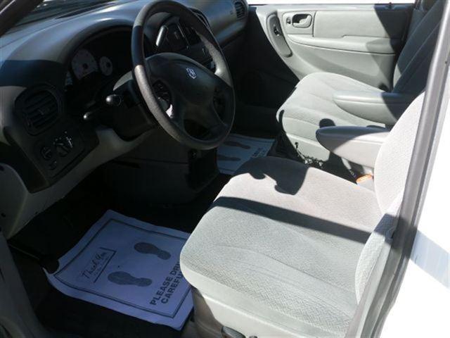 Image 2 of 2005 Dodge Grand Caravan…