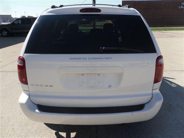 Image 17 of 2005 Dodge Grand Caravan…