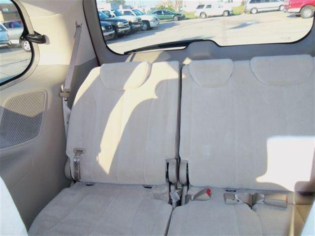 Image 3 of 2006 Kia Sedona 1 Van…