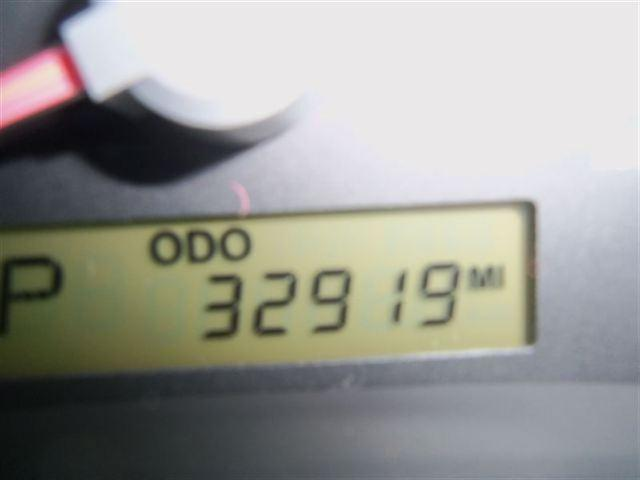 Image 9 of 2006 Kia Sedona 1 Van…