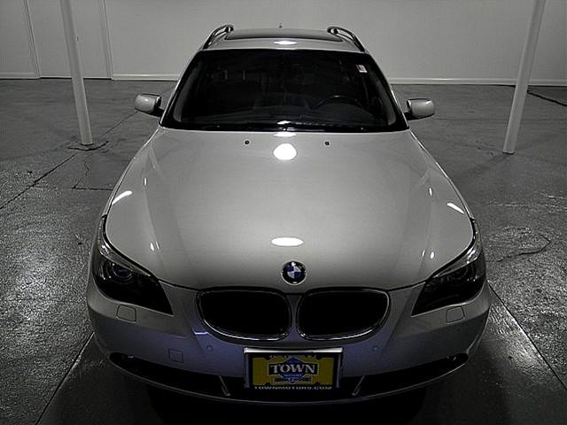 Image 12 of 2006 BMW 5 series xiT…