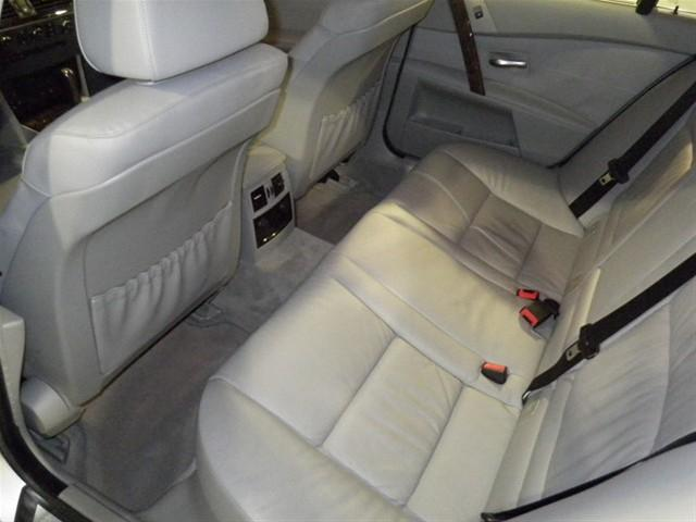 Image 15 of 2006 BMW 5 series xiT…