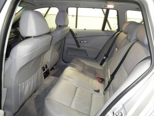 Image 17 of 2006 BMW 5 series xiT…
