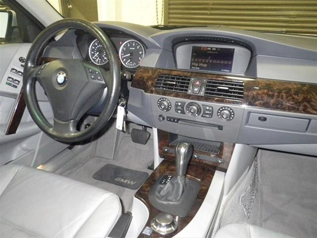 Image 30 of 2006 BMW 5 series xiT…
