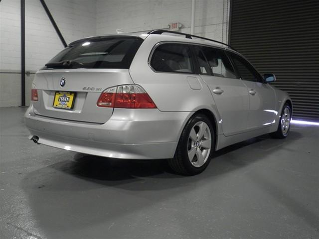 Image 36 of 2006 BMW 5 series xiT…