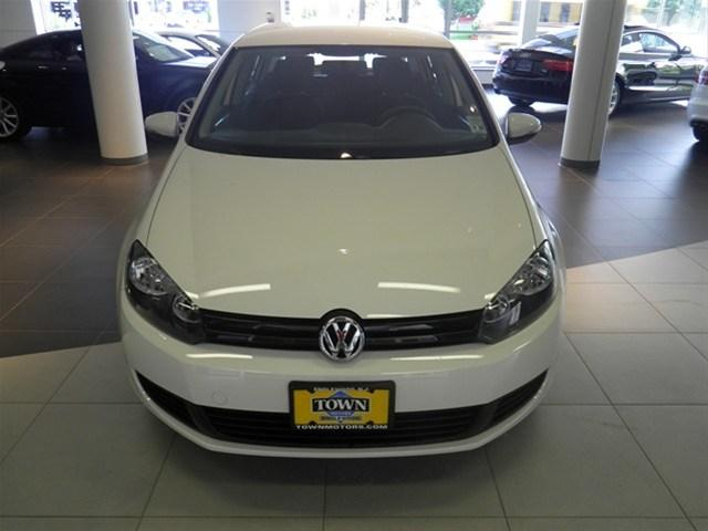 Image 12 of 2010 Volkswagen Golf…