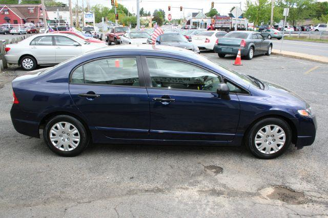 2009 Honda Civic DX-VP - Marlboro MA