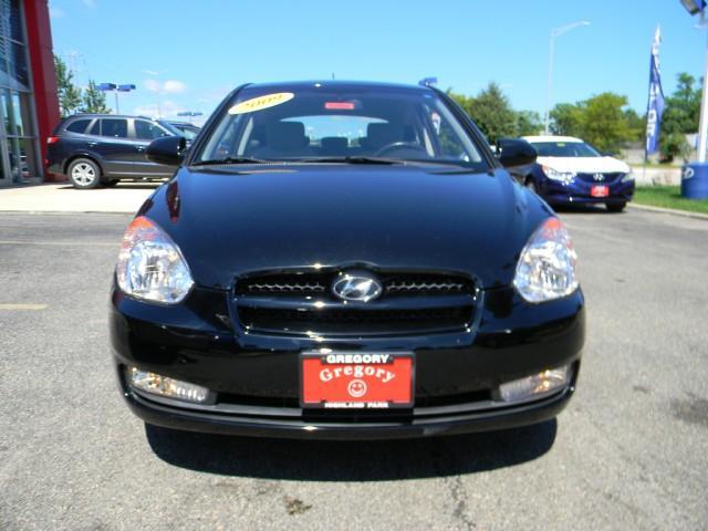 Image 8 of 2009 Hyundai Accent…