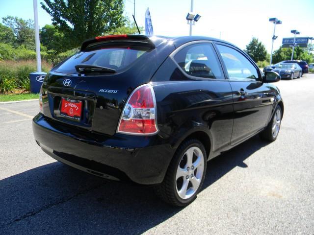 Image 10 of 2009 Hyundai Accent…