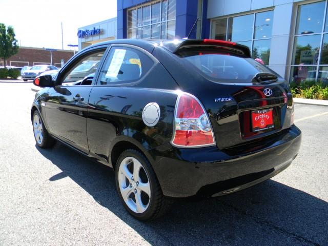Image 12 of 2009 Hyundai Accent…