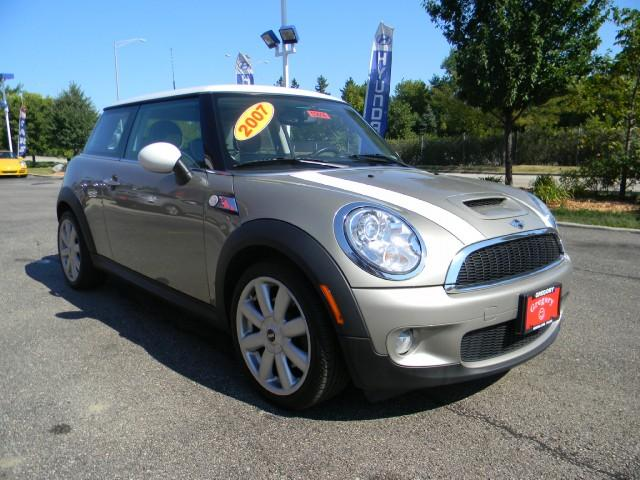 Image 9 of 2007 MINI Cooper S Hatchback…