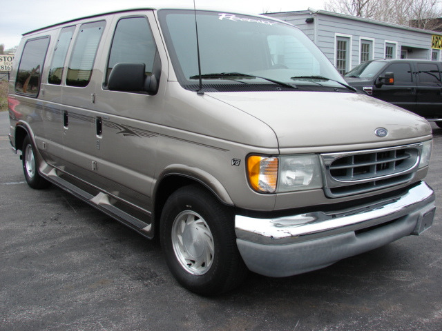 2002 Ford Econoline