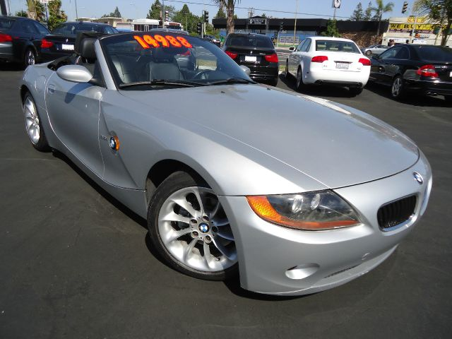 2003 BMW Z4 25I silver abs brakesair conditioningalloy wheelsamfm radioanti-brake system 4-