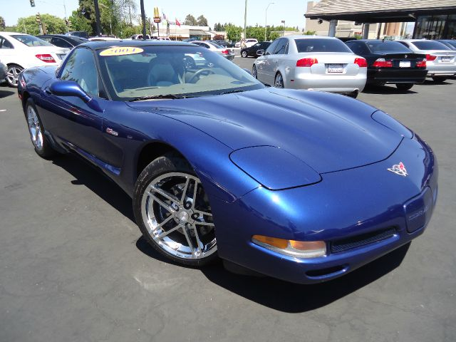 2004 CHEVROLET CORVETTE COUPE laser blue this is a very rare commemorative edition withtwo tone se