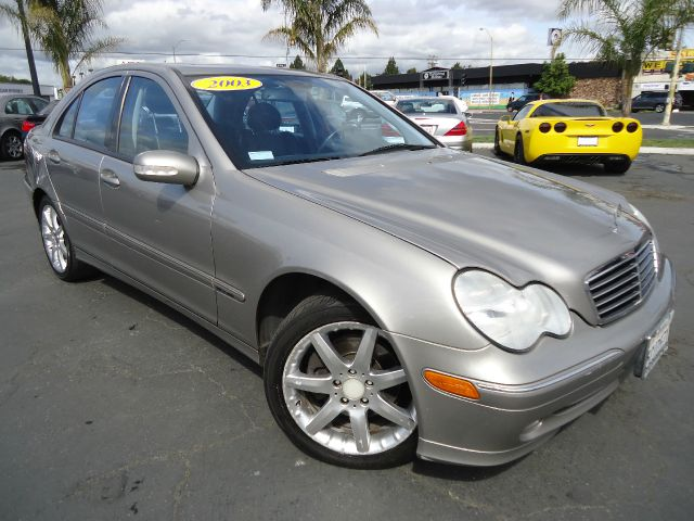 2003 MERCEDES-BENZ C-CLASS C320 SPORT SEDAN champ clean car fax ready to go abs brakesair conditi