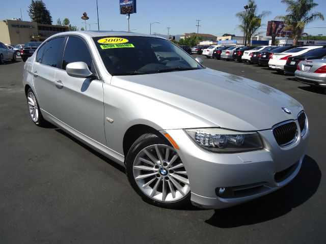 2009 BMW 3 SERIES 335I silver one ownerfull factory  warranty includeing  maintance clean carfax