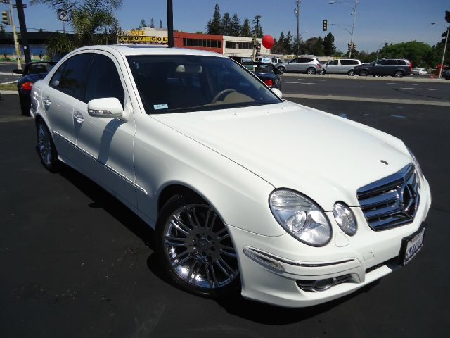 2008 MERCEDES-BENZ E-CLASS E350 LUXURY white abs brakesair conditioningalloy wheelsamfm radio