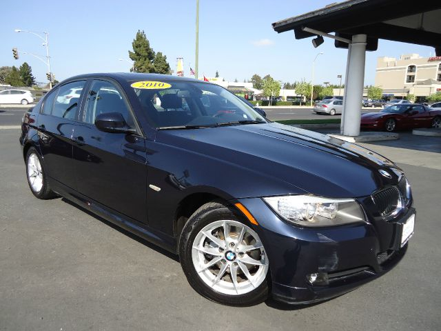 2010 BMW 3 SERIES 328I  SULEV monoco blu one owner clean car fax  this great unit is loadedsport