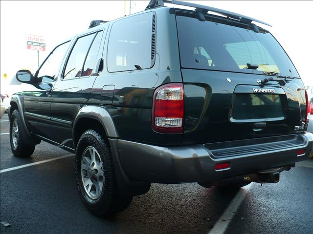 Image 18 of 2001 Nissan Pathfinder…