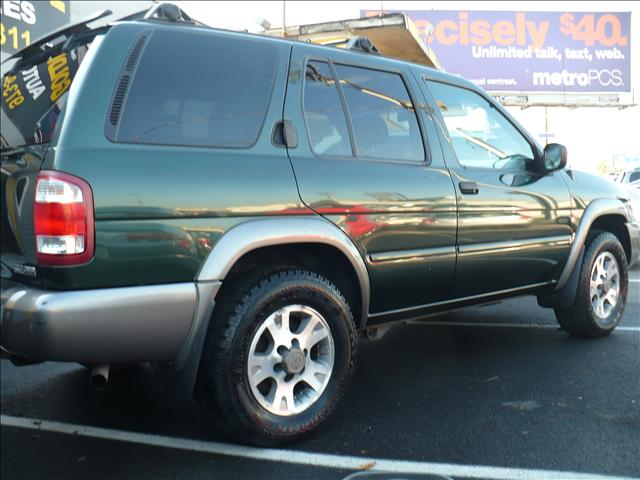 Image 19 of 2001 Nissan Pathfinder…