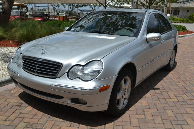 2001 MERCEDES-BENZ C-CLASS C320 silver we have financing available for all yours financial needs