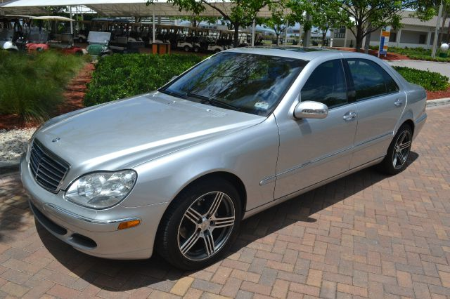 2004 MERCEDES-BENZ S-CLASS S500 silver we have financing available for all yours financial needs