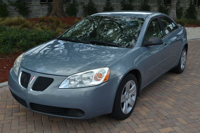 2007 PONTIAC G6 SEDAN silver we have financing available for all yours financial needs  you just