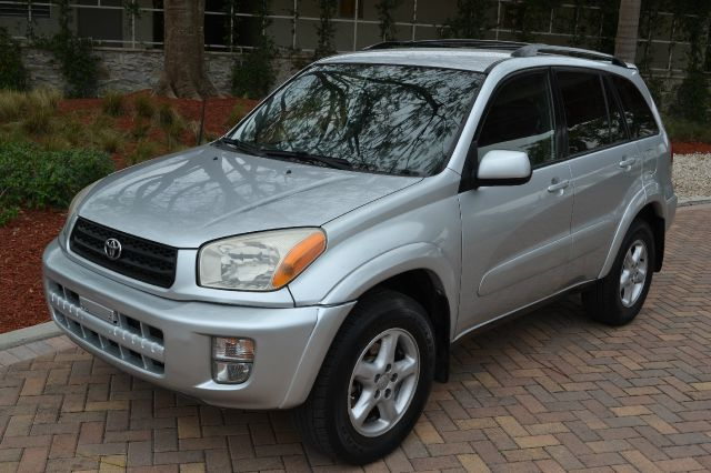 2002 TOYOTA RAV4 2WD silver we have financing available for all yours financial needs  you just c