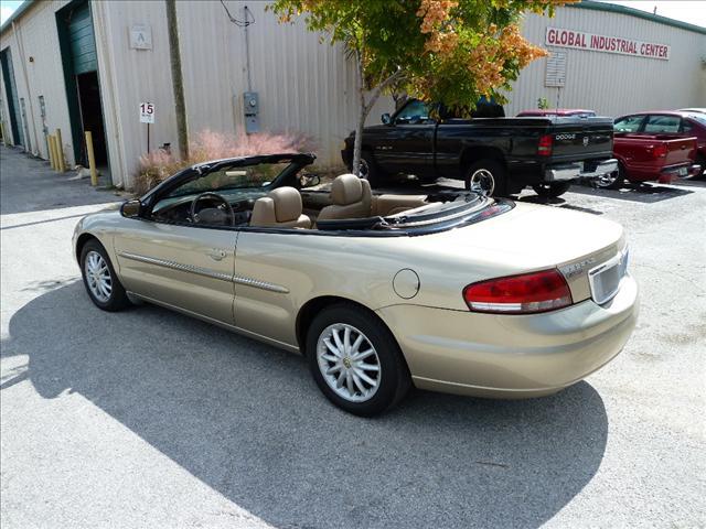 Image 7 of 2002 Chrysler Sebring…