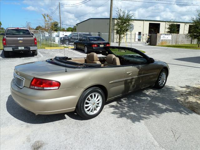 Image 9 of 2002 Chrysler Sebring…