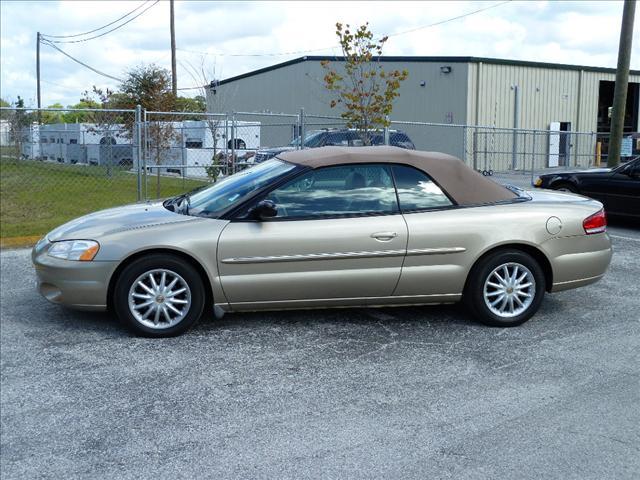 Image 10 of 2002 Chrysler Sebring…