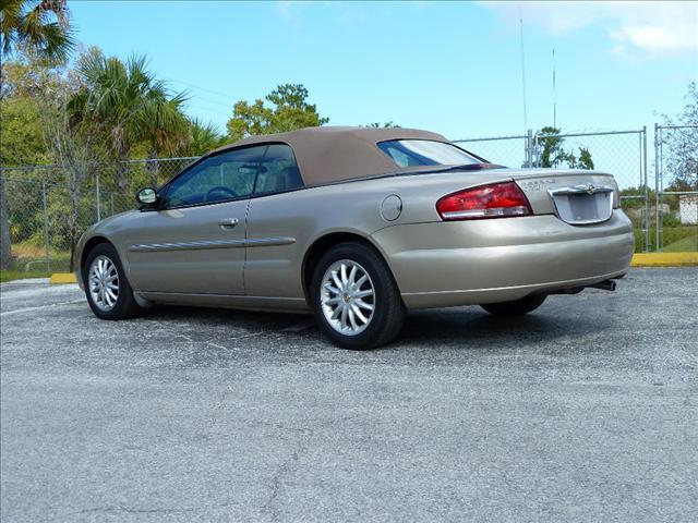 Image 11 of 2002 Chrysler Sebring…