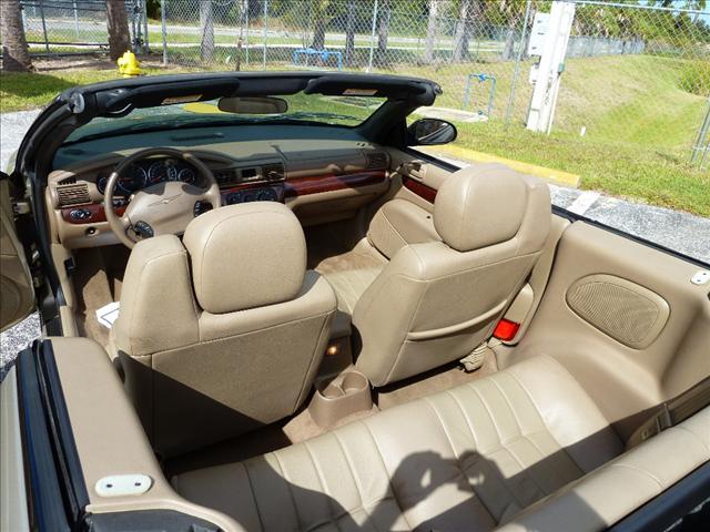 Image 15 of 2002 Chrysler Sebring…