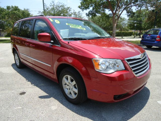 2009 CHRYSLER TOWN  COUNTRY LX inferno red crystal pearl call now 1-866-717-9571   free autochec