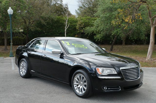 2012 CHRYSLER 300 LIMITED RWD gloss black new arrival leather seats heated front seats backup c