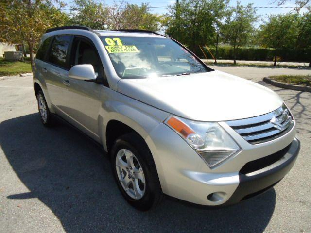 2007 SUZUKI XL-7 LUXURY 2-ROW 2WD majestic silver everyone drives bad or no credit no worries