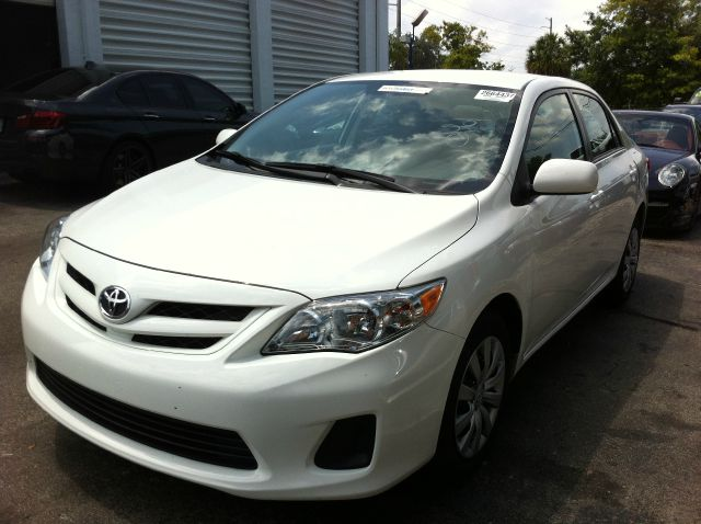 2012 TOYOTA COROLLA LE 4-SPEED AT super white call now 1-866-717-9571   free autocheck  carfax r