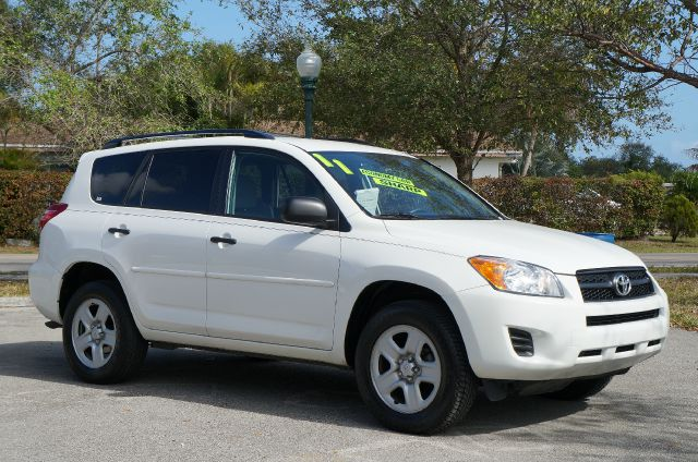 2011 TOYOTA RAV4 BASE I4 4WD super white call now 1-866-717-9571   free autocheck  carfax report