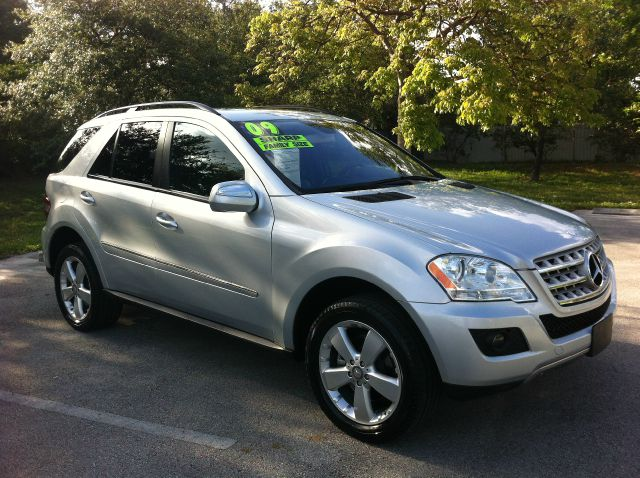 2009 MERCEDES-BENZ M-CLASS ML350 4MATIC iridium silver call now 1-866-717-9571   free autocheck