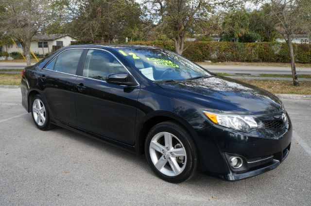 2012 TOYOTA CAMRY SE blue call now 1-866-717-9571   free autocheck  carfax report everyone driv