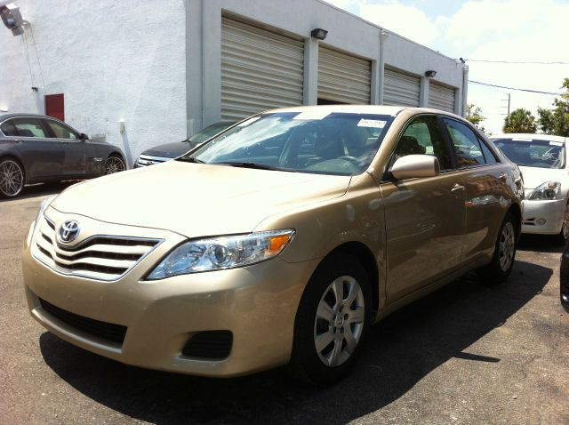 2010 TOYOTA CAMRY LE 6-SPD AT sandy beach metallic call now 1-866-717-9571   free autocheck  car