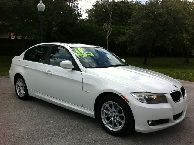 2010 BMW 3 SERIES 328I SA alpine white call now 1-866-717-9571   free autocheck  carfax report