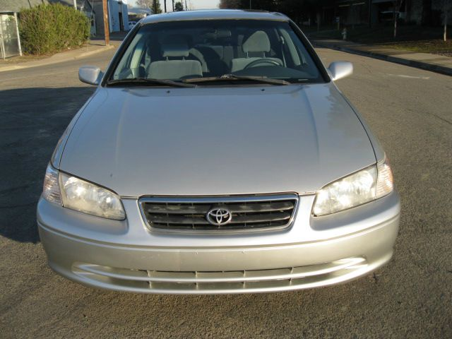 2001 Toyota Camry LE V6 - Sacramento CA