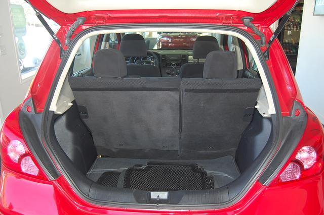 Image 23 of 2011 Nissan Versa 1.8…